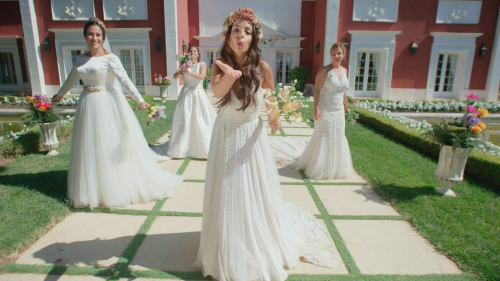 Cuatro weddings 1x06 Espa&ntildeol Disponible