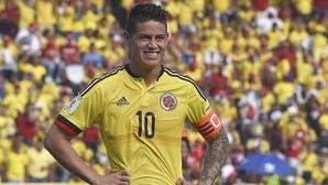 James Rodríguez, ayer, con Colombia