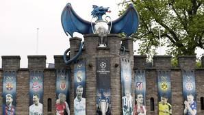 Pancartas de la Champions League en el Castillo de Cardiff