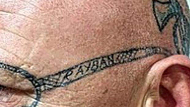 gafas ray ban tatuadas