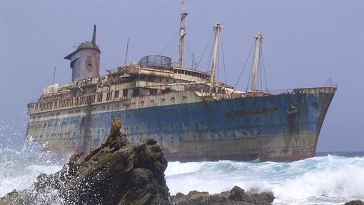 El impresionante transatlántico SS América