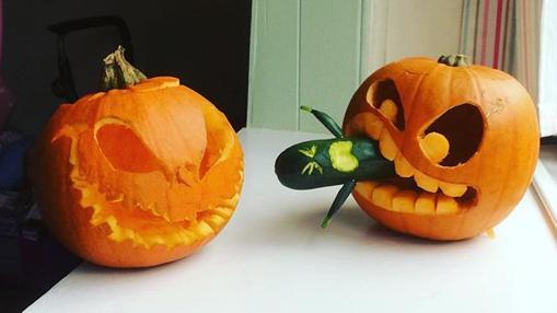 Diez calabazas decoradas en halloween que te sorprender n for Como decorar una calabaza original
