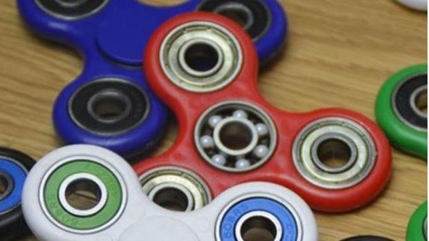 Facebook:  La carta de un profesor en Facebook sobre el «spinner»: «Es la generación del no permitir que el niño se aburra»