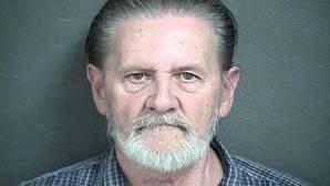 Roba un banco para no tener que volver a casa con su mujer y es condenado a arresto domiciliario