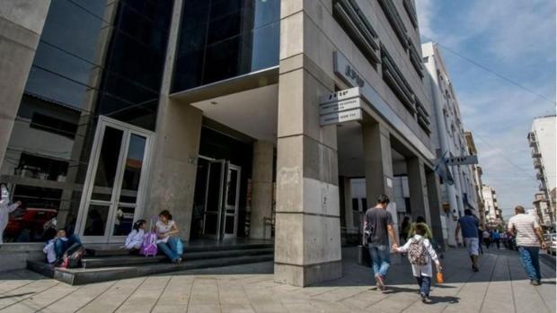 Imagen de las oficinas públicas donde tranbaja el contador público Sergio Lazarovich, de 59 años