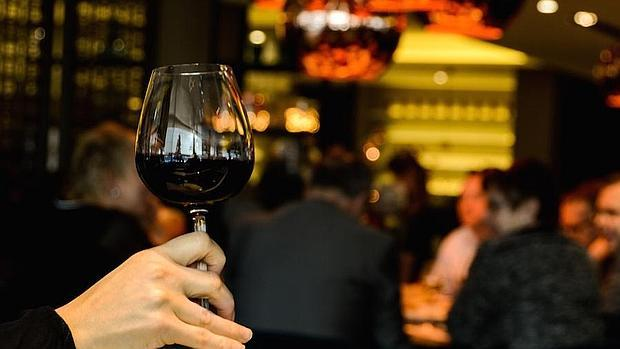 El alcohol puede ser perjudicial para el hígado