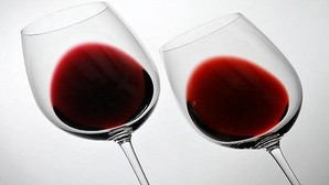 El alcohol debe tomarse siempre con moderación