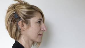 Una paciente, tratada con un implante coclear en el Hospital Infanta Sofía de Madrid