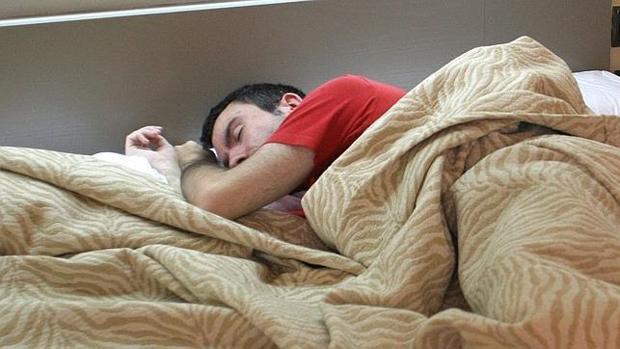 Dormir mucho podría incrementar el riesgo de alzhéimer en mayores