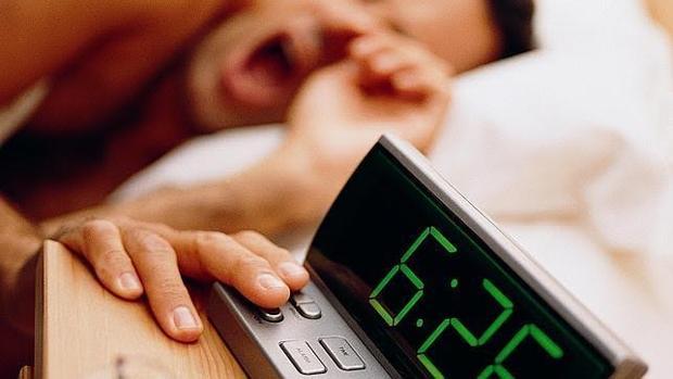 El deterioro del sueño se acelera al comienzo de la mediana edad