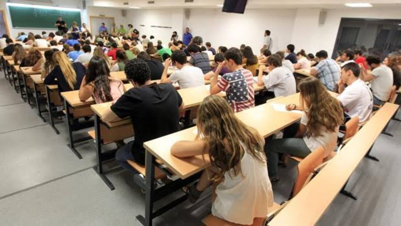 Prolongar la vida estudiantil nos protege frente a las enfermedades cardiovasculares