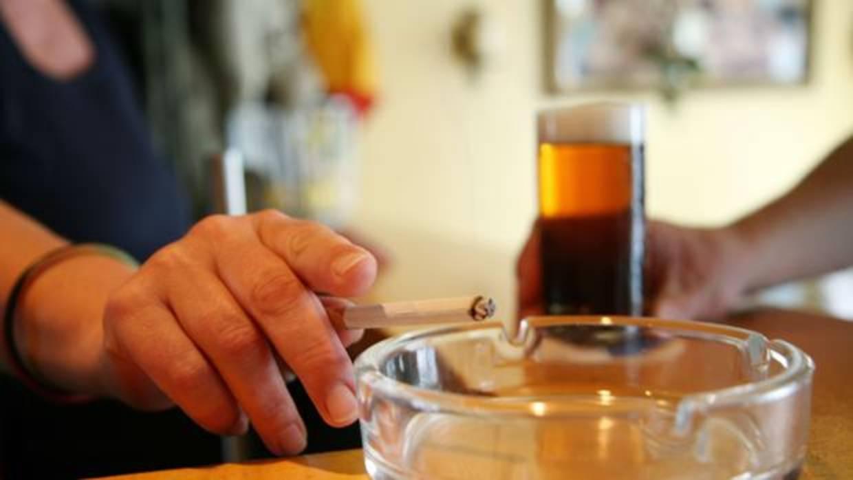 Para dejar de fumar, mejor preguntar al gusano 'C. elegans'