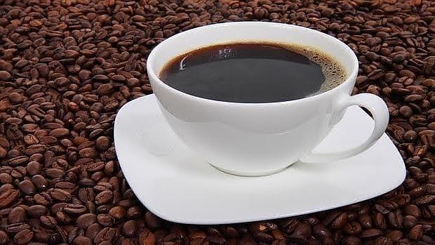 Tomar café previene el desarrollo del párkinson