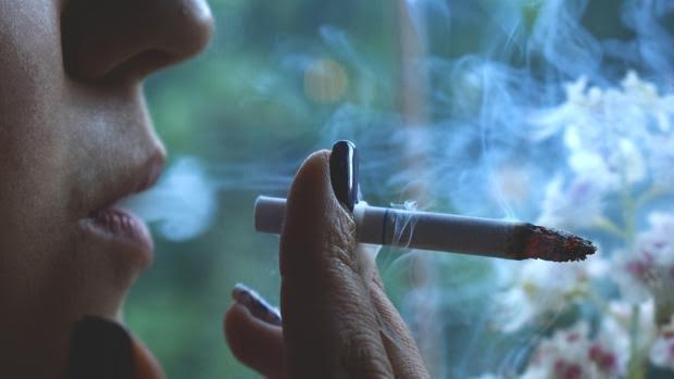 El tabaco parece enganchar ya desde el primer cigarrillo
