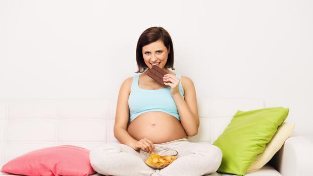 La flora intestinal del bebé parece venir determinada por la alimentación de la madre durante la gestación
