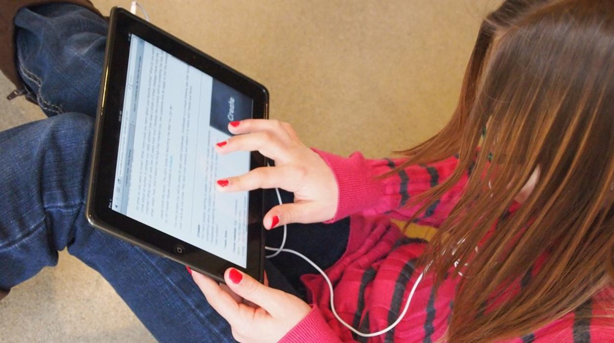 Asocian el uso frecuente de tablets y móviles en adolescentes con síntomas de TDAH