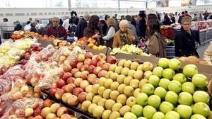 Las familias españolas gastan una media de 6.138 euros anuales en la cesta de la compra
