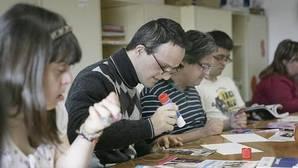 Los jóvenes, en uno de los talleres