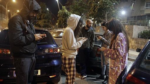 Vecinos de Melilla salieron a las calles en pijama
