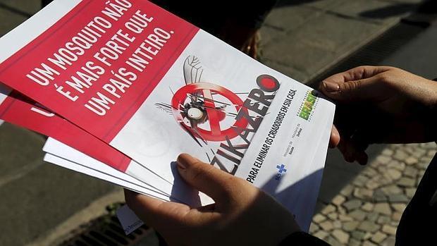 Panfleto distribuido por el Gobierno brasileño para combatir al mosquito transmisor del virus del Zika