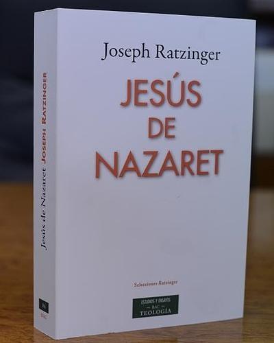 Portada de Jesús de Nazaret