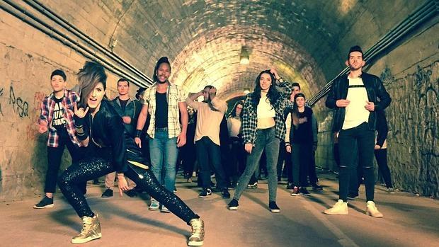Barei, durante el videoclip de «Say Yay!»