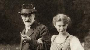 La perra de Sigmund Freud que acompañaba al padre del psicoanálisis en todas sus consultas