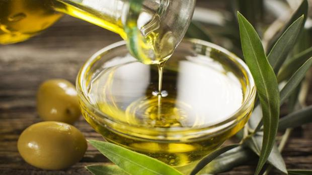 El aceite de oliva virgen extra es una grasa vegetal muy saludable