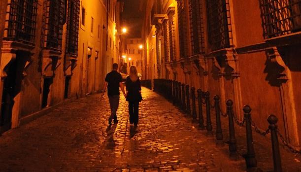 Sampietrini de las calles de Roma. La mayoría de españoles escogería una capital europea como la italiana como destino predilecto de sus vacaciones