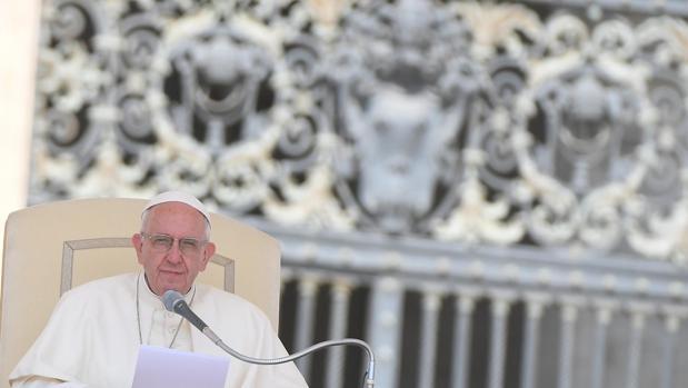 El papa Francisco, ayer miércoles en la audiencia general en la plaza de San Pedro en el Vaticano