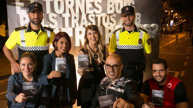 Fotografía del acto realizado este jueves, inicio de la campaña para concienciar de una conducción responsable