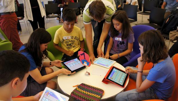 Una empresa de Barcelona crea un detector de dislexia para frenar el abandono escolar