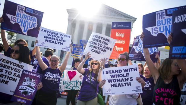 Leyes, aborto, natalidades y muertes de mujeres. - Página 3 Texas-efe-U10107421996y9G--620x349@abc