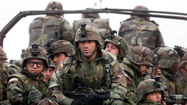 El Ejército de EE.UU. levanta el veto a los transexuales