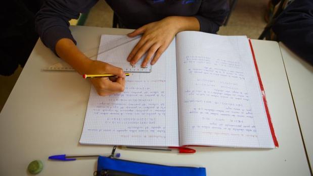 El porcentaje de abandono escolar es mayor entre los chicos