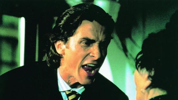 Christian Bale en un fotograma de la película «American Psycho»