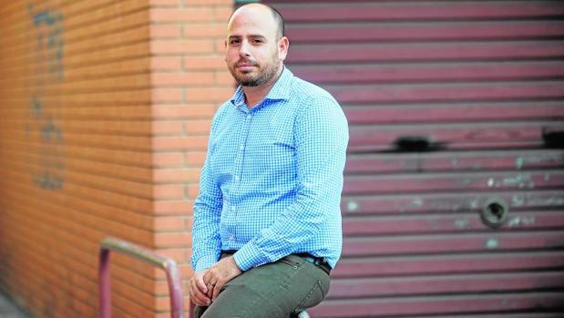 Guil Jen, ingeniero israelí de origen sefardí afincado en Barcelona, está en pleno proceso de la adquisición de la nacionalidad española