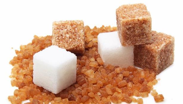 El azúcar común se añade para endulzar otros alimentos