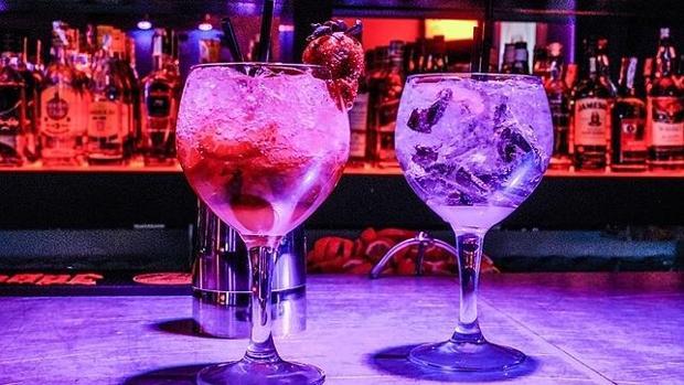 Mezclar alcohol con bebidas energéticas, tan perjudicial como la cocaína