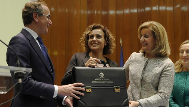 Dolors Montserrat «Para una catalana de corazón es un privilegio ser ministra de España»