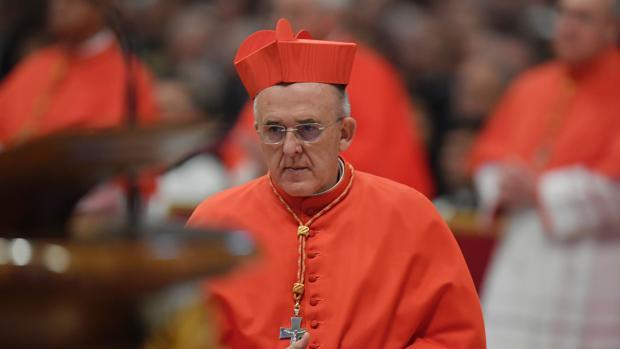 Hemeroteca: El Papa Francisco impone la birreta al cardenal Carlos Osoro | Autor del artículo: Finanzas.com