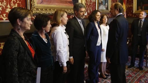 Victoria Ortega, a la izquierda de la imagen, en la apertura del último Congreso del Observatorio contra la Violencia Doméstica el pasado 3 de noviembre