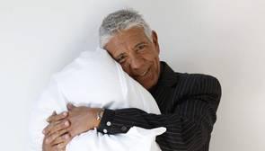 El doctor Eduard Estivill, autor de «Duérmete niño», durante la presentación de su famoso método aplicado a los adultos, y donde ha dado una clase práctica para combatir el insomnio