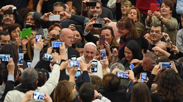 Hemeroteca: El Papa Francisco visitará Fátima los días 12 y 13 de mayo de 2017   Autor del artículo: Finanzas.com