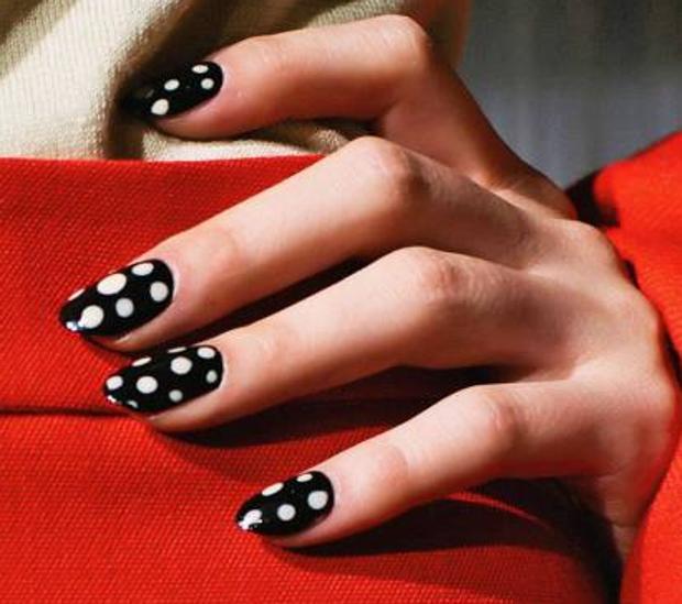 Sus uñas pueden ser tóxicas