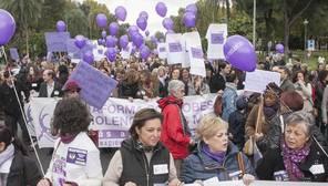 Interior avisará a través del móvil a las víctimas de violencia de género cuando sus agresores estén en libertad