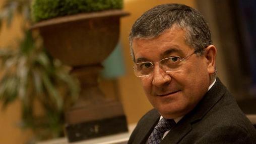 López es el jefe de Oncología del Hospital Universitario de Santiago