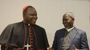 «El odio entre cristianos y musulmanes oculta la explotación de los diamantes de sangre»