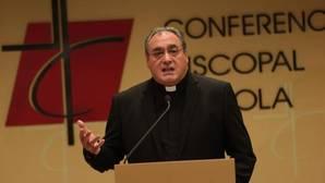 El secretario general de la Conferencia Episcopal Española, José María Gil Tamayo