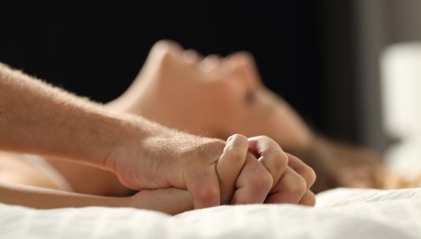 Tener relaciones sexuales la noche anterior promete una jornada laboral más productiva
